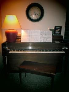 more piano 027